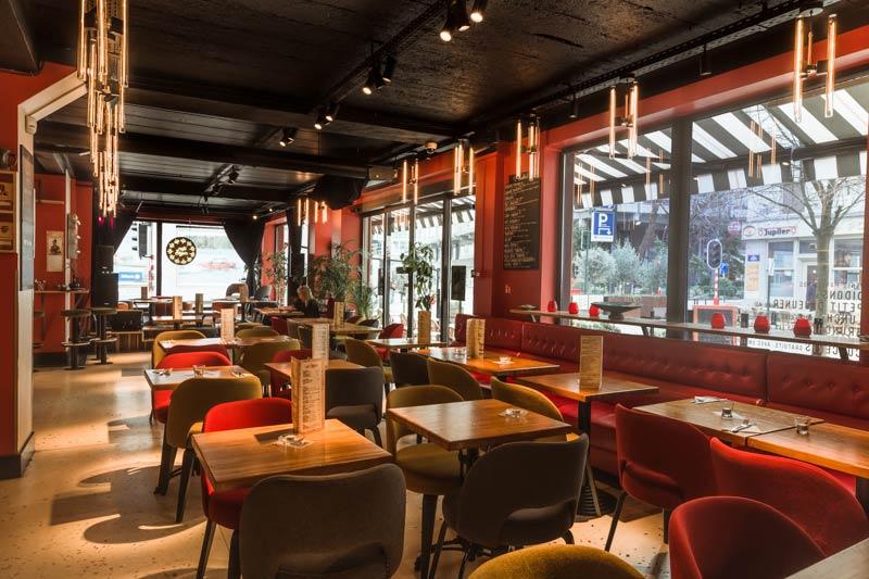 Projet d'architecture commerciale [custom:ville] : rénovation d'un restaurant