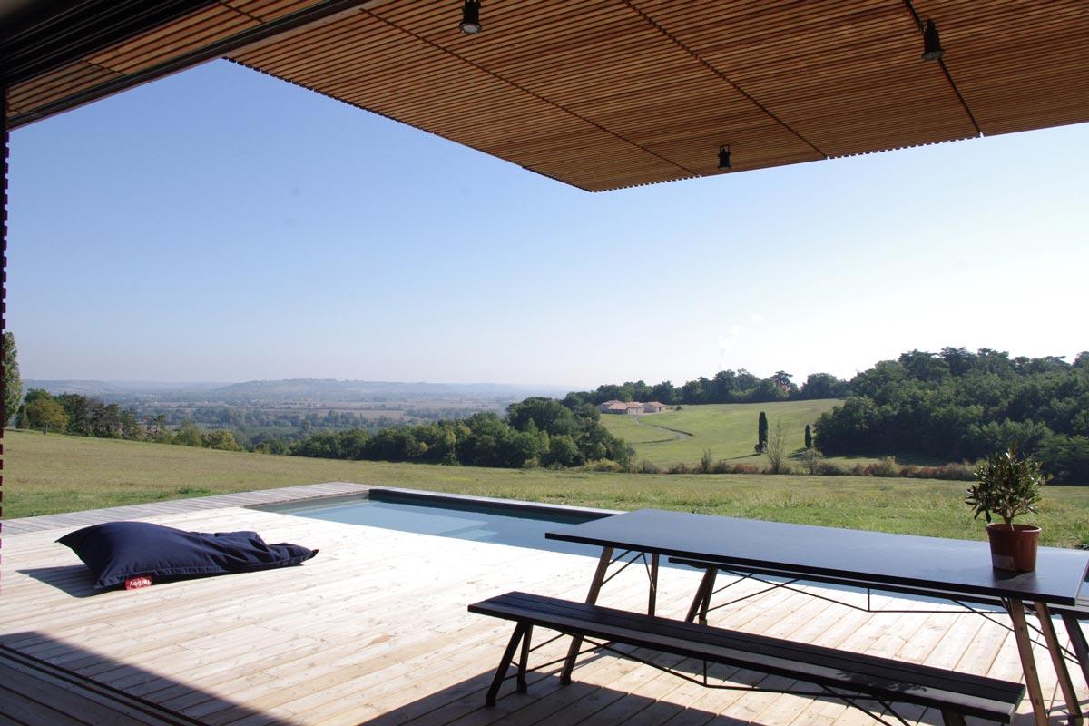 Terrasse de la maison avec vue