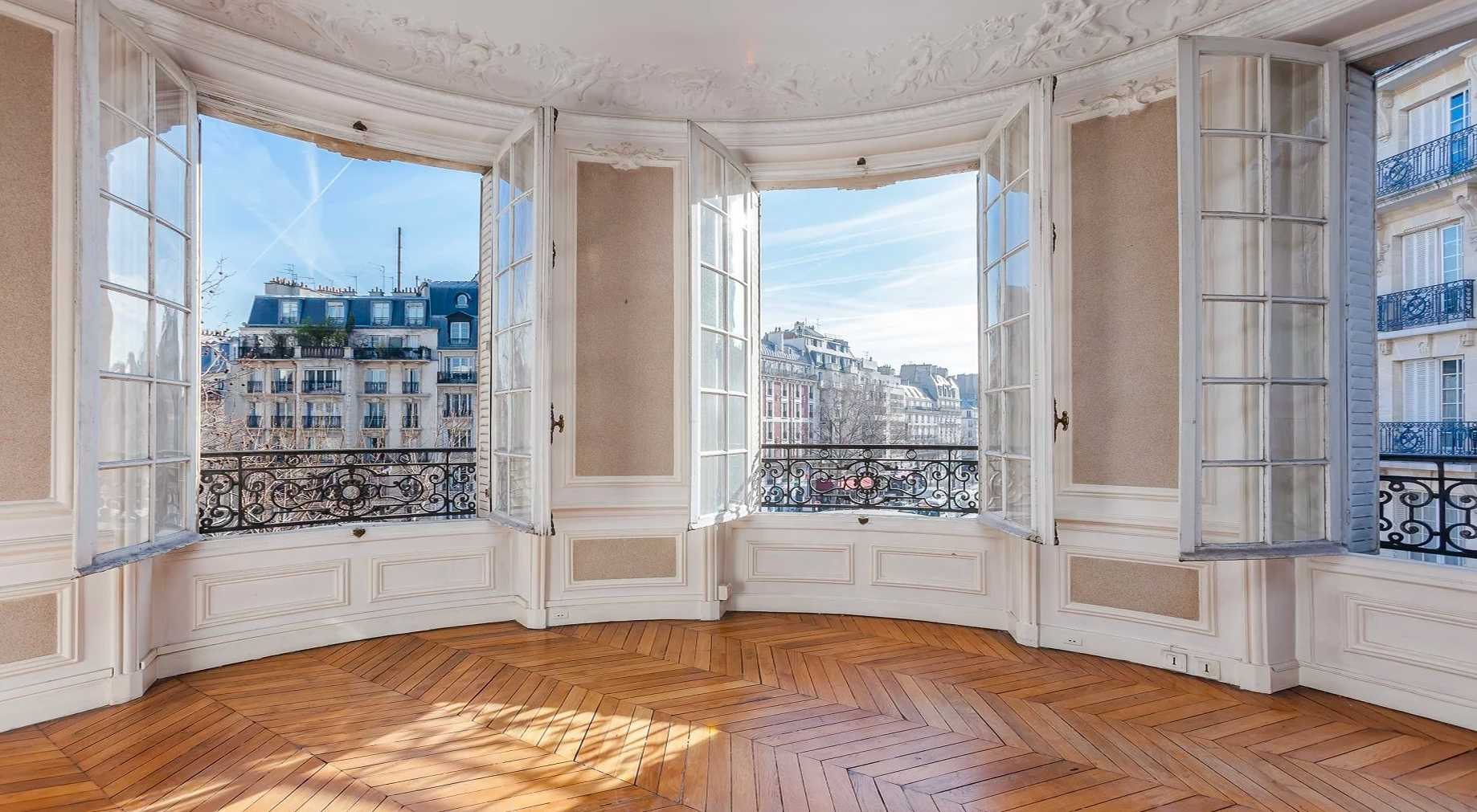 Use the expert eye of an architect / real estate professional before purchasing a new house or apartment in Brussels.